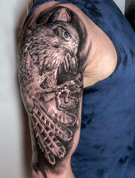 NZ Falcon Tattoo, photo by Rob Suisted
